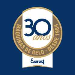 Marca 30 anos Everest